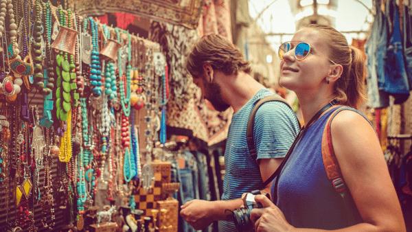 10 cadeaux originaux à offrir aux voyageurs